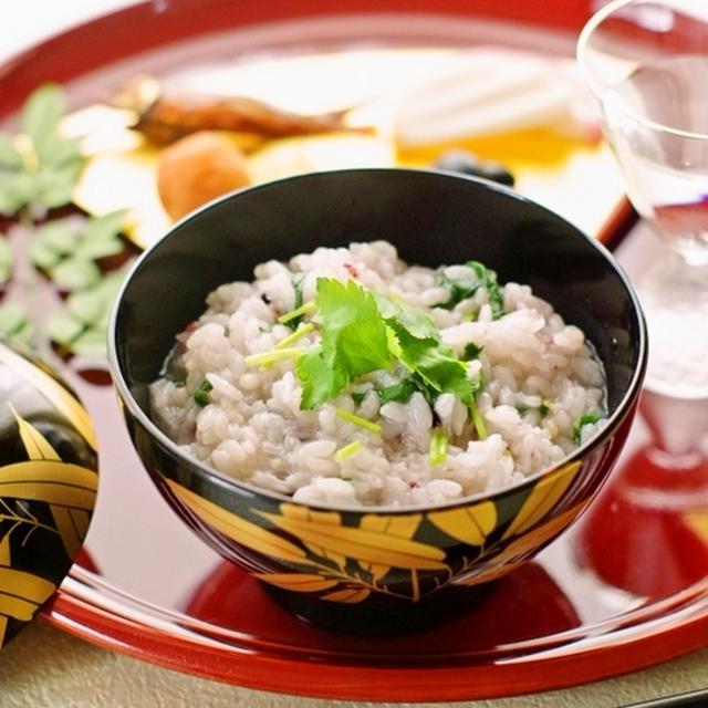 雑穀米で♪おだしの効いたアッサリ七草粥♡