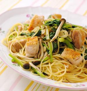 鶏と小松菜のぷちぷちマスタードパスタ