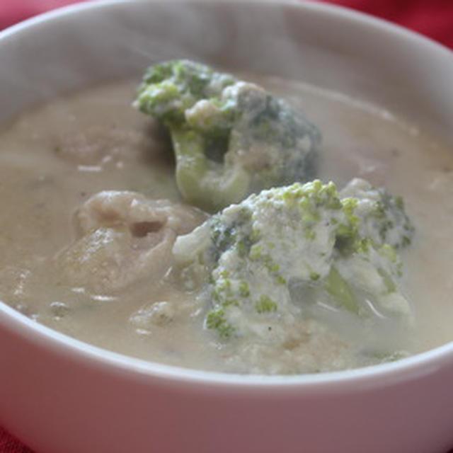 365日レシピNo.320「鶏肉とブロッコリーの豆乳スープ」