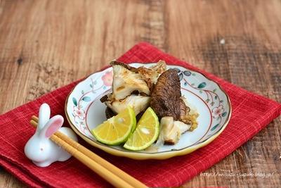 【作りおき・低糖質レシピ】ひとふりでうま味倍増 焼き椎茸のおかか和え