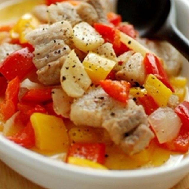 パプリカと豚肉のガーリックオイル煮