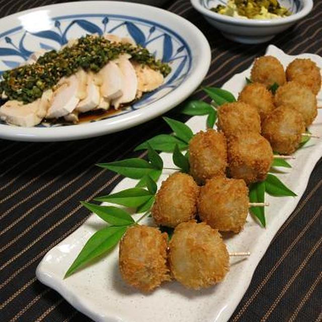 塩煮里芋のフライと炒り豆腐。鶏むね肉にはニラソース♪
