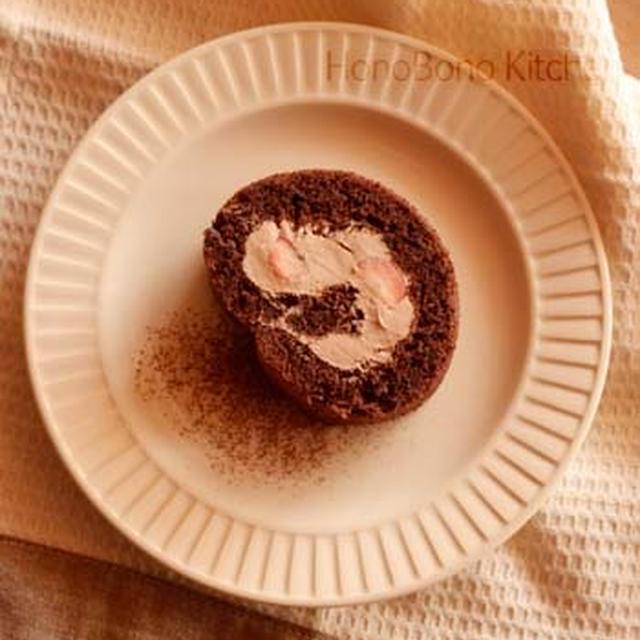 いちごのチョコロールと山食