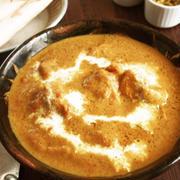 ★NEWレシピ★カレー粉があればOK!フライパンひとつでリッチ&クリーミー♪バターチキンカレー