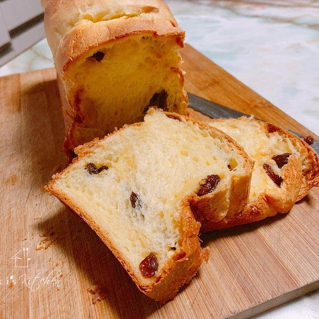 レーズンたっぷりブリオッシュ風食パン♡おすすめレシピ8つ