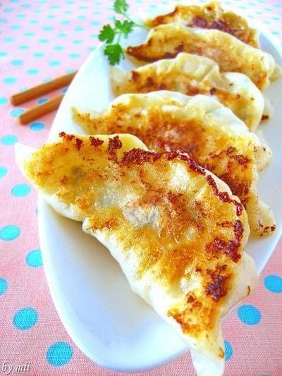 肉汁たっぷり!簡単ジューシー餃子レシピ5選