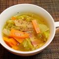 春キャベツとベーコンのくたくたスープ