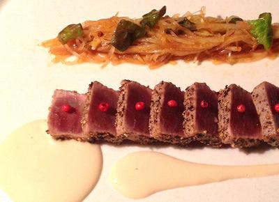 マグロの黒コショウ焼き 醤油マヨネーズ