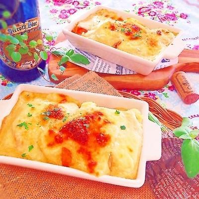 簡単♡万能ホワイトソースde♡鮭とジャガイモの豆腐グラタン