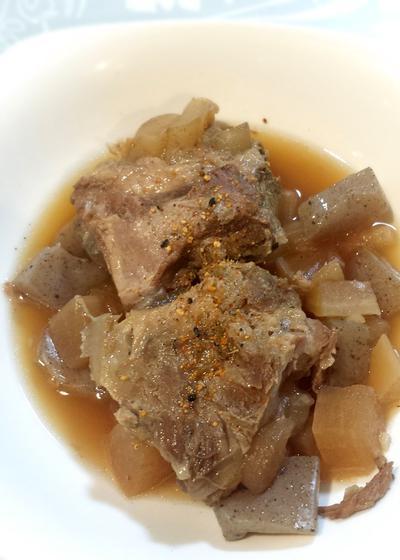 豚軟骨の煮物