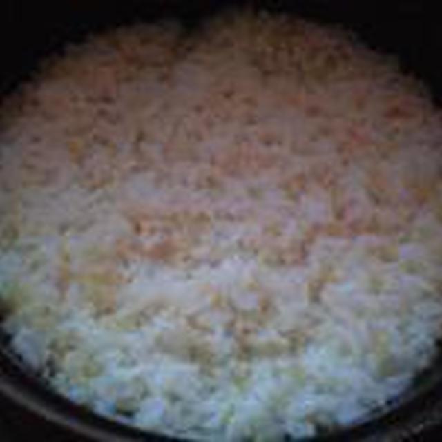 湯立てで白米(682)。。。茨城県産 奥久慈の棚田のコシヒカリ特別栽培米うまかっぺJA茨城みどり玄米(あいざわ米店)さて何でしょ???コシヒカリ白米(あいざわ米店)