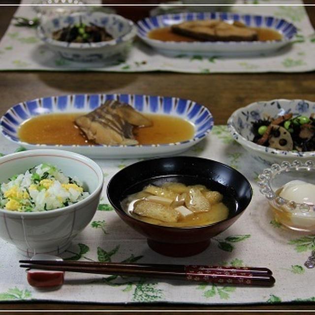 かれいの煮つけで和のお夕飯 たくさんの蕾が・・・^^