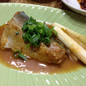 サバのピリ辛ガーリック味噌煮