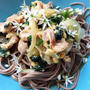 基本の手作り麺つゆ〜味付けは麺つゆだけ!豚バラとニラの卵とじのせ冷蕎麦〜「可愛い」世界進出中❣️