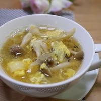白菜としめじの玉子スープ