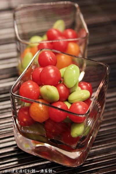 枝豆とマイクロトマトのカラフルサラダ。