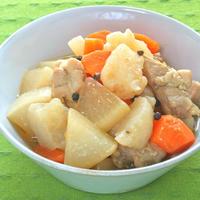 減塩&ヘルシーでボリューミィ!鶏もも肉とこんにゃくと大根のペパー炒り煮。