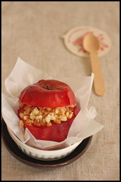 レンジで簡単!さくさくクランブルのせ焼きりんご