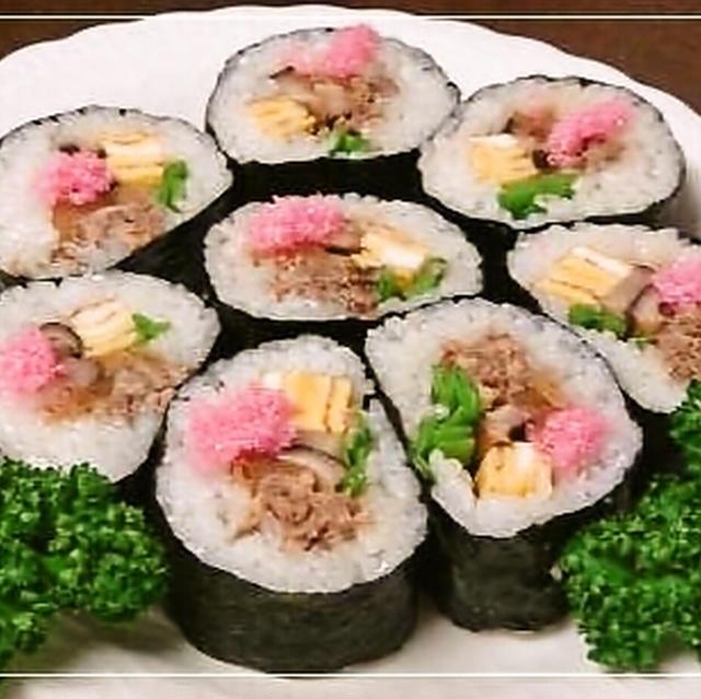 節分・サバ缶そぼろの太巻き寿司