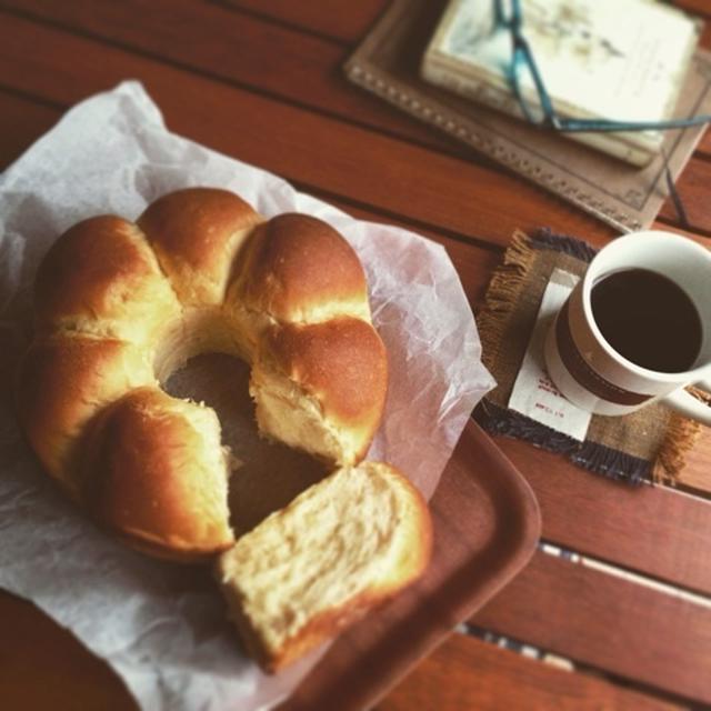 先日のレシピ。ふわふわリングちぎりパンー朝ごはん用テーブルぱん