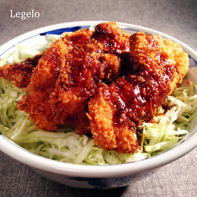 鶏胸肉でソースカツ丼☆キャベツ1人100g ♪ 卵なし☆簡単※節約