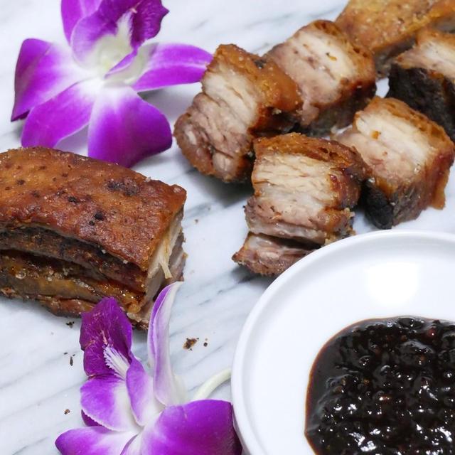 パリパリ食感と五香粉の香りがたまらない★本格的な中華の味★クリスピーローストポーク