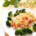 【鶏むね肉使用】 レンチン蒸し鶏のトマト入りふわとろ卵ソース by 庭乃桃さん
