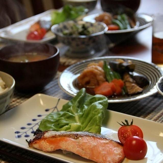 鮭の塩麹漬け焼き と 宮城・へそ大根の煮物。