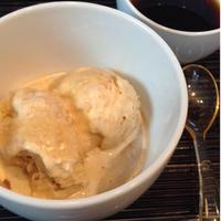 乾物イタリアン「きな粉アイスクリームのコーヒーがけ」