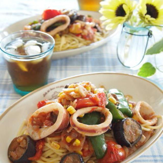 夏野菜とイカのトマトパスタとマンゴー豆乳シャーベット。。。