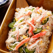 カニかまときゅうりの簡単ちらし寿司【#ひな祭り #仕込み不要 #火を使わない #レンジ #子供と作れる #節句 #行事 #ランチ #主食 #一正蒲鉾タイアップ】