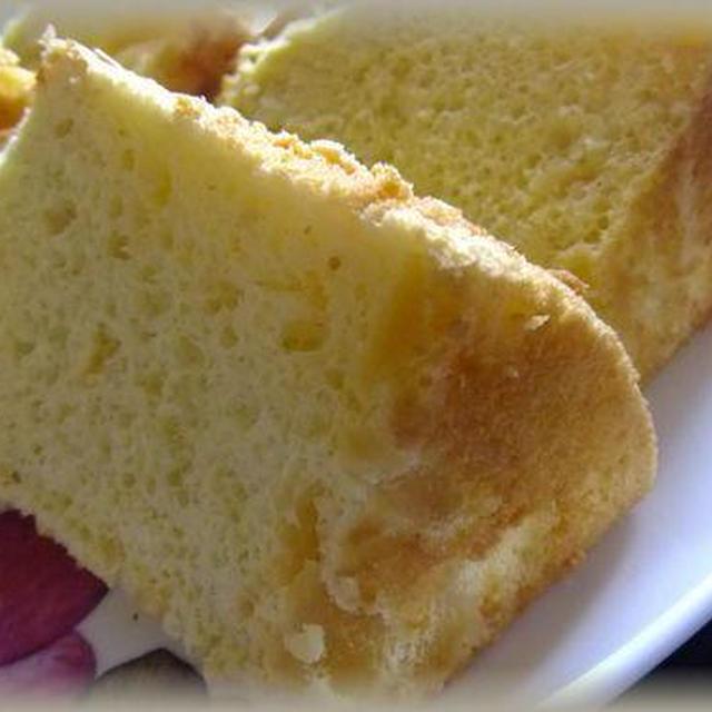 手作りリンゴジャムでシフォンケーキ
