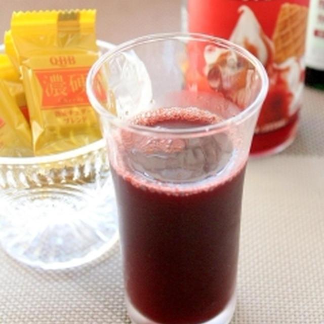 沸騰ワイン♪糖質オフ苺シロップでサングリア風味☆