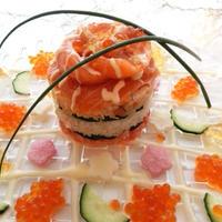 キラキラサーモンのミルフィーユ寿司