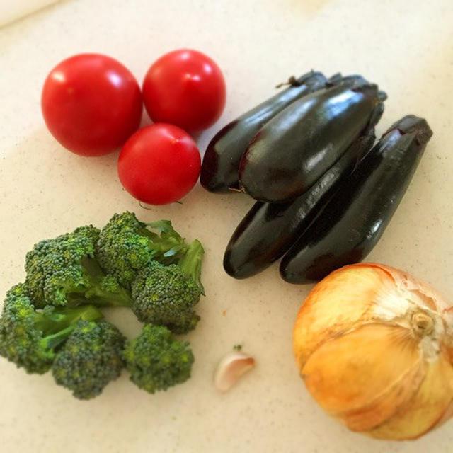 野菜の旨味たっぷりラタトゥイユ♡トウモロコシを肉で例える