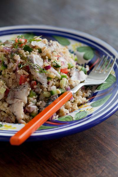 ブルガー小麦と鯵の酢締めのサラダ