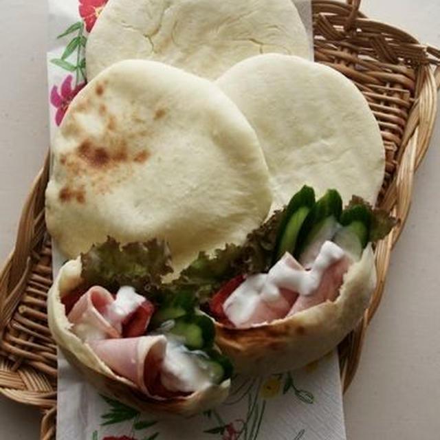 ★NEWレシピ★オーブントースターでOK!ポケットが出来るパン、ピタパン