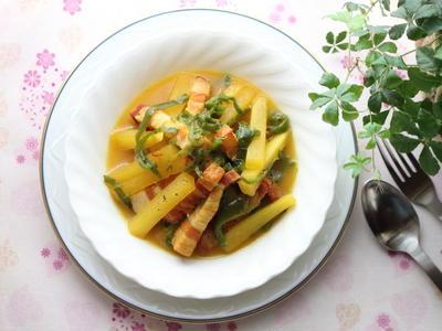 大根とベーコンのコンソメ煮☆サフランの色と香りを楽しむ洋風煮