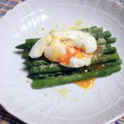 アスパラと半熟卵の前菜サラダ