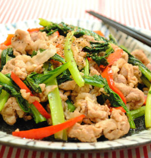 小松菜と 牛肉の ブラックペパー 炒め ☆