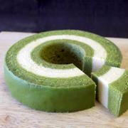 白と緑のコントラストが美しい!抹茶バームクーヘン「京ばあむ」