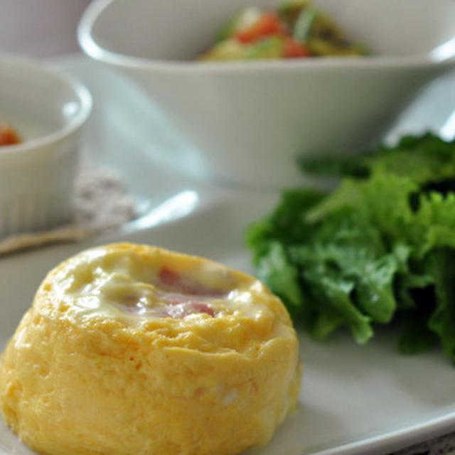 lekue「OVO」で じゃがいもとベーコンとチーズのミルフィーユオムレツ