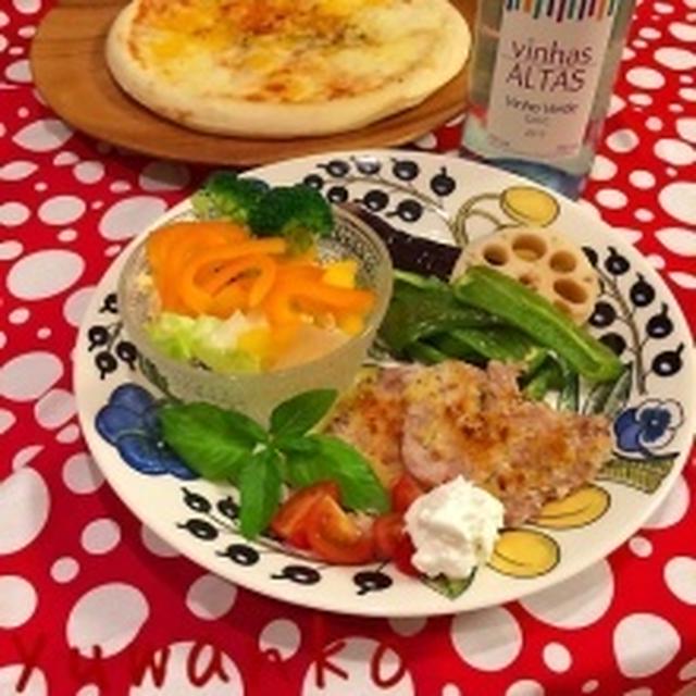 豚ヒレのチーズパン粉グリル、ドリップ生乳添え。