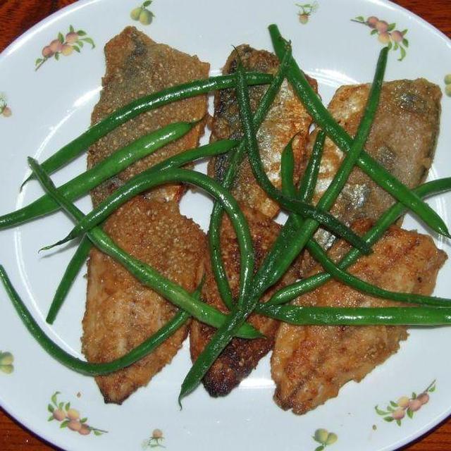 鯵のゴマまぶし揚げ&ほうれん草と豆腐の中華サラダ