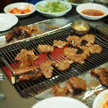 美味しい豚カルビ!  トゥンボデジカルビ・トンコギ
