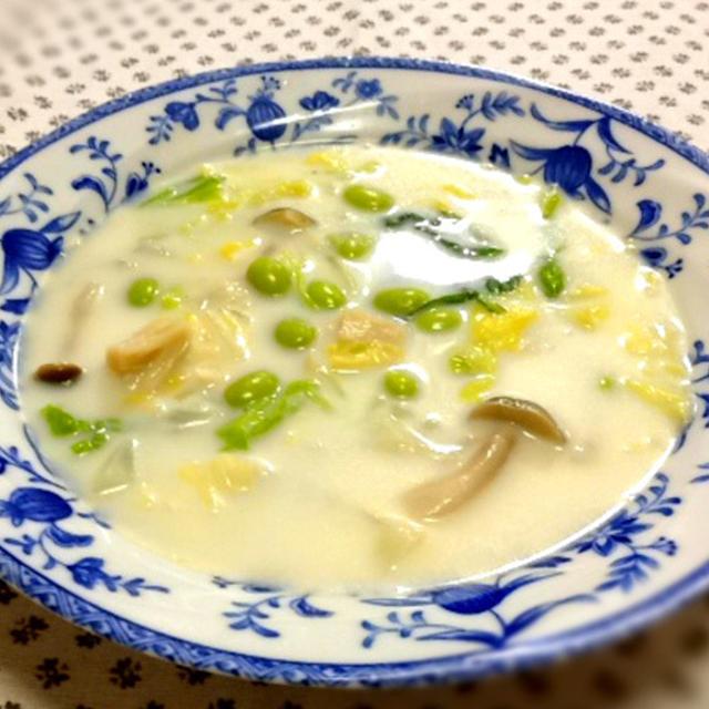 我家の夕食 枝豆とほたて缶のクリームスープ