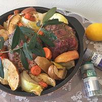 ローズマリーの香りがおいしさアップ・・豚ブロック肉とゴロゴロ野菜のグリル ♪苺のロールケーキ