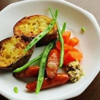 ウインナとゆで野菜に粒マヨマスタード