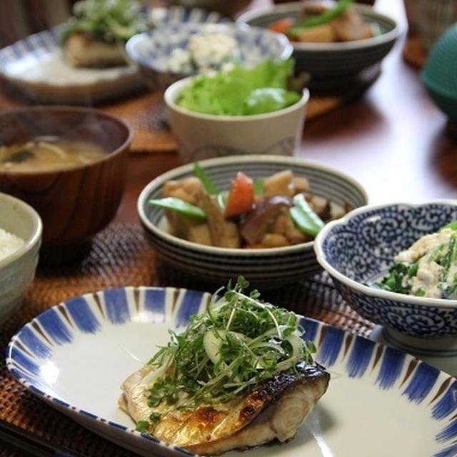 さばの塩焼き・香味野菜のっけ と 筑前煮。
