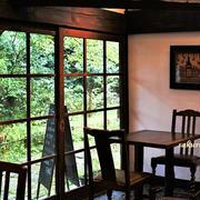 白洲次郎と白洲正子の食卓が再現されたレストラン「武相荘」